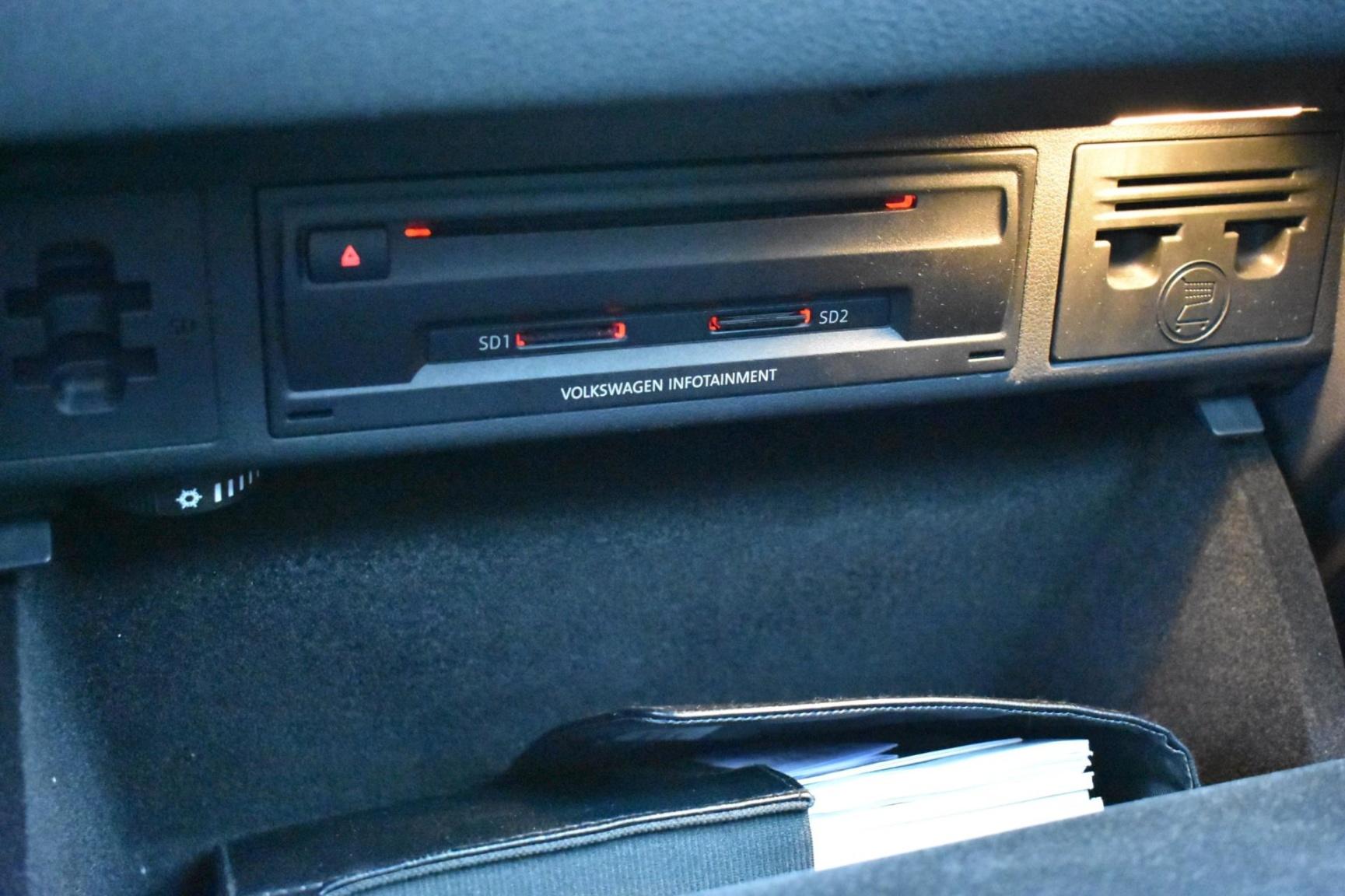 Volkswagen-Golf Sportsvan-34